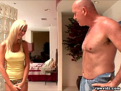Kaylee Hilton sucks and fucks