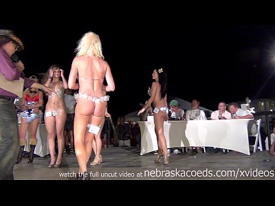 Exgirlfriend Firsttime Flashing video: make your bikini at home contest fantasy fest this year