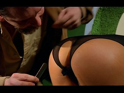 Classic Cum French video: A guy tricked a blonde sexy fashion model into a fuck