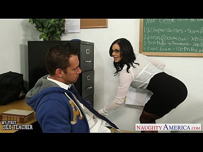 Blowjob Brunette Busty video: Brunette teacher Kendra Lust gets facialized