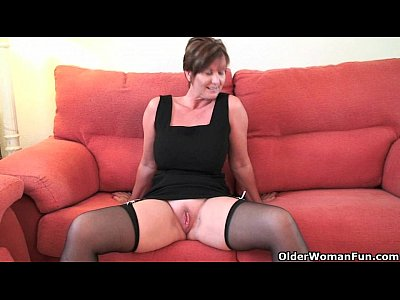 British Milf Mature video: Britian's hottest grannies collection