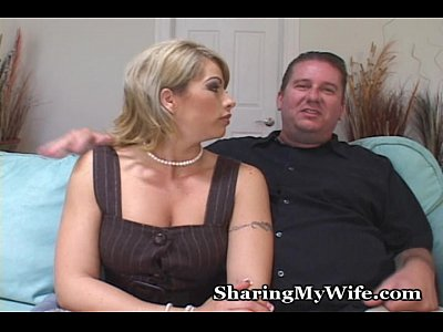 Blowjob Wife Mom video: Hot Momma Loaned By Hubby