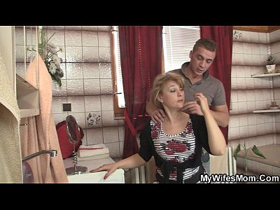 Cheating Mom Mother video: Mother-in-law jumps at his big cock as his wife leaves