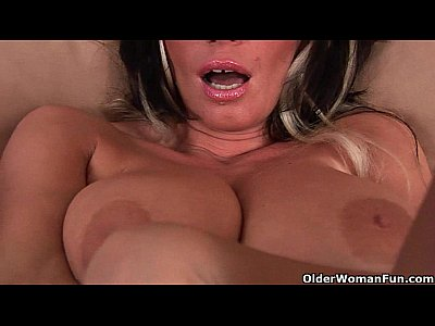 Milf Mature Mom video: Big boobed soccer mom is toying her mature pussy