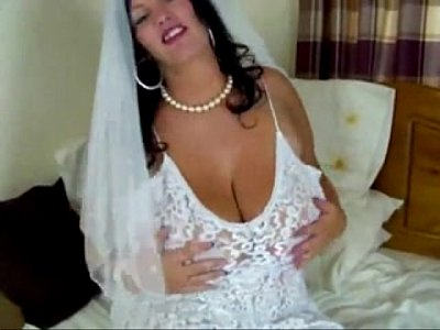 Bride Bigass video: bride with big tits on cam - see more at girlcam.org