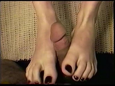 Cumonfeet Fetish Foot video: Jade 1st Time Footjob