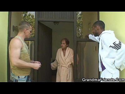 Grandmother Granma Oldlady video: Interracial threesome orgy with granny