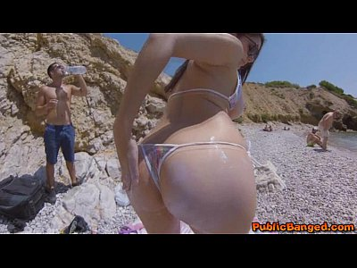 Beach Public Blowjob video: Incredibly hot babe Valentina Nappi fucked on a beach in public