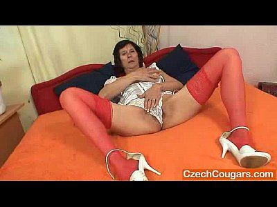 Stockings Milf Mature video: Naked gilf splendid corset