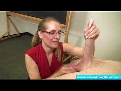 Blowjob Handjob Milf video: Mature teacher sucking on students cock
