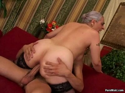 Xvideos mom anal
