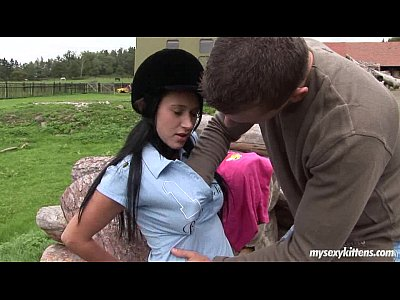 Porno video: Brunette teen Angelica gets nailed outdoors