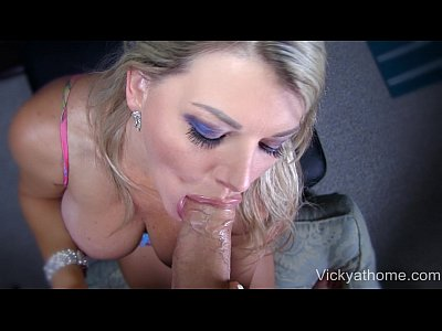 Bigtits Blonde Blowjob video: Ultimate Facial - Busty Blonde MILF Vicky Vette!