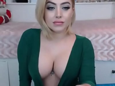 tits huge girl beauty delizioso squirting