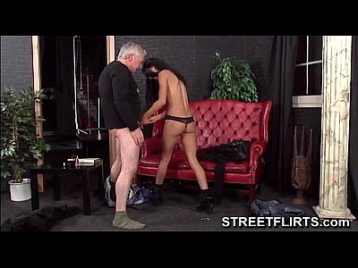 Hardcore Blowjob Reality video: StreetFlirts.com fake casting agent