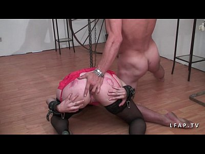 Amateur Hardcore Stockings video: Mature francaise esclave grave corrigee dans un jeu bdsm