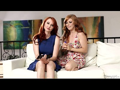 Lesbians Licking porno: Penny Pax and Kendra James Mom and Step Daughter Play