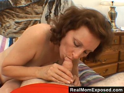 Hairy Blowjob Brunette video: Motel Fling With Mature Slut