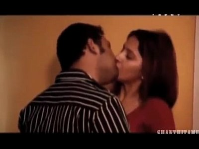 Porno video: Archana Sharma hot beautiful cute innocent sweet passionate saree blouse naval kiss cleavage