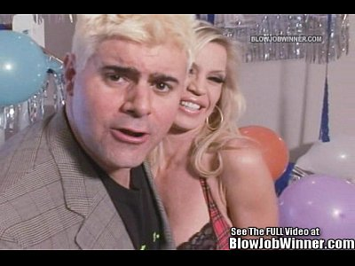Blonde Blow Contest video: Classic Porn Star Amber Lynn Sucks Cock!