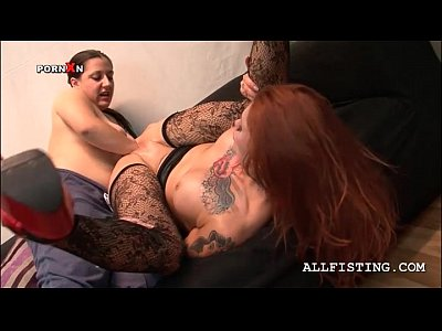 Porno video: Slutty lesbian having her fuck hole fisted hardcore