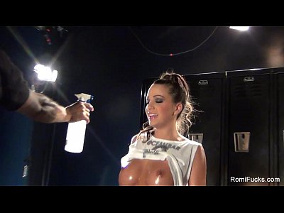 Brunette Ass Sexy video: Romi Rain Hot BTS