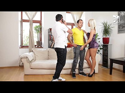 Axxxteca Bigass Blonde video: Mexicanos y guera europea con tremendo culo!! Blanche Bradburry