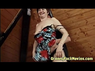 Amateur Mature video: Cock hungry horny granny