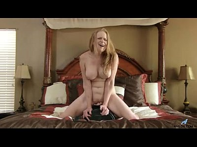 Bigboobs Bigtits Blondes video: Sex machine makes bigtit mom cum so hard