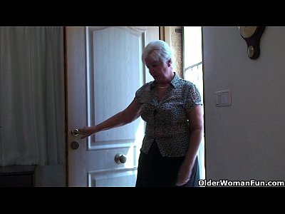 Milf Mature Granny vid: Chubby granny in stockings plays with vibrator