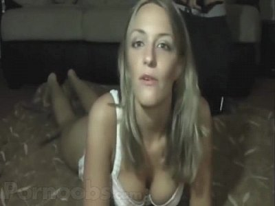 Girlfriend Talks Dirty While Having Sex