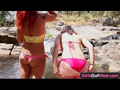 Girls Out West - Lesbian Aussie hitchhiker licked outdoors