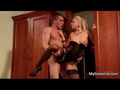 Hardcore Pornstar porno: Horny blond Carla Cox enjoying a super