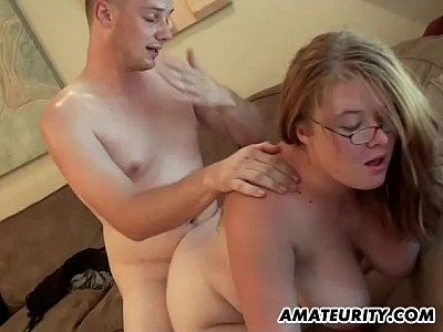 Hardcore Boobs Teen video: Chubby amateur girlfriend sucks and fucks at home