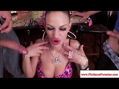 Angelina Valentine loves threeway fun
