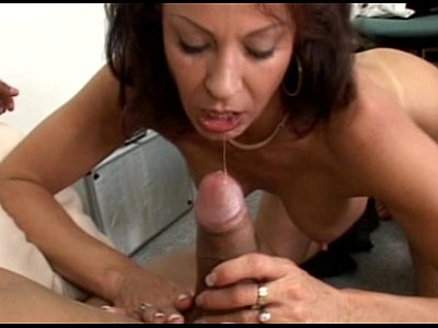 Hard Naked Oral video: JuliaReavesProductions - American Style Heart Breakers - scene 3 - video 2 pussy naked cumshot oral