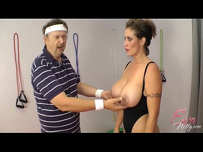 Busty Bigtits Butt video: Eva Notty in training