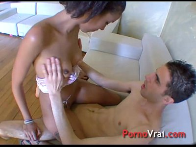 Anal Interracial porno: Open pussy! Metisse super excitee minou grand ouvert ! French amateur