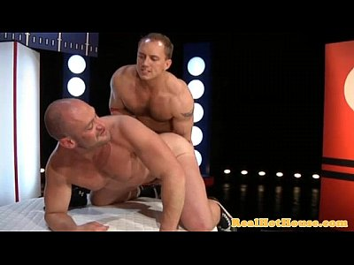 Gaysex pornstar fucked after wrestling