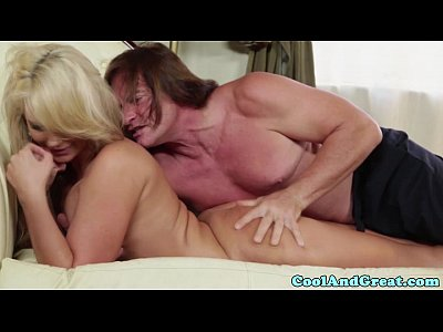 Shaved Milf Glamour vid: Bigass glamour mature nailed hard on couch