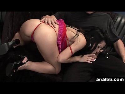 Asshole Brunette Fuck video: Anal loving whore Rebeca Linares gets fucked