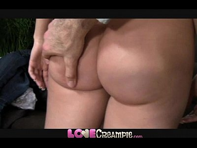 Porno video: Love Creampie Impossibly tight pussy stretches to take fat cock in casting