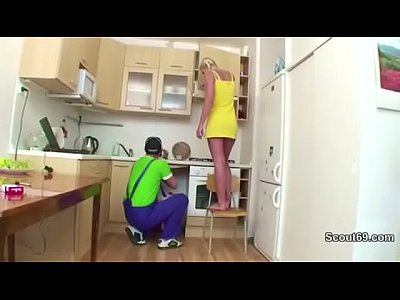 Blonde Daughter Deutsch video: German 18yr Daughter get fucked by Repairman when Mom Away