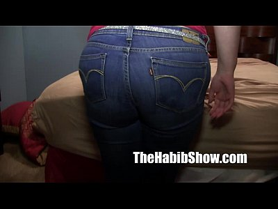 Bar Black Coed video: thicke pawg white girl banged by hairy arab