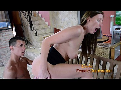 Domination Dominatrix Facesitting video: Office woman gets her employee