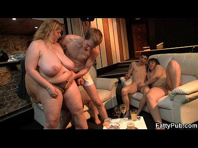 Bigtitsparty Bbwbar Bbwclub vid: Super huge tits fatty banging at bbw party