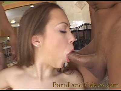 Horny women loves sucking those big cock