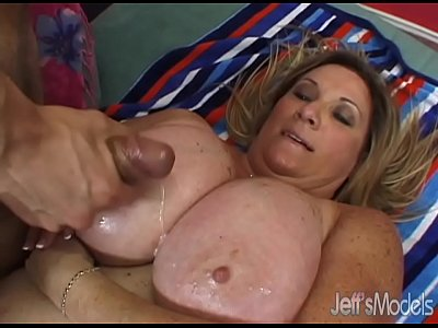 Chubby vid: Oversized Deedra Rae's pussy and mouth engulf a guy's cock