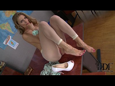Cayenne klein s footjob and fuck break in the teachers lounge
