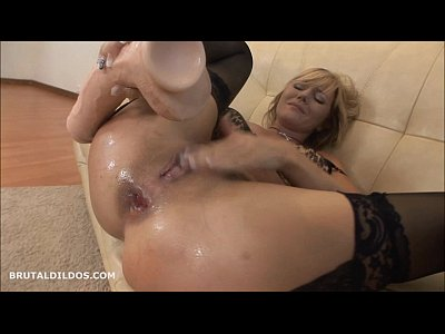 Gaping Masturbation Blonde video: Blonde milf punishes her asshole with a brutal dildo